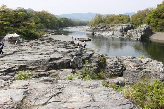 天然記念物の「岩畳」