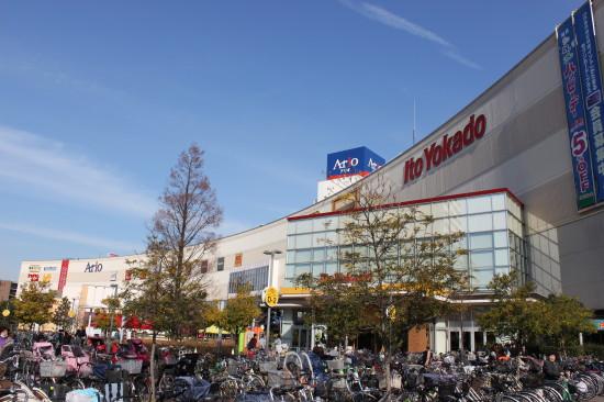 スーパー、専門店、映画館などがそろうアリオ亀有