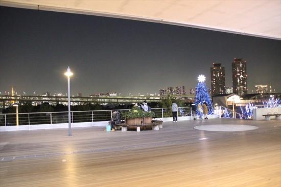 この写真も東京タワーとスカイツリーの両方が写っているんです!