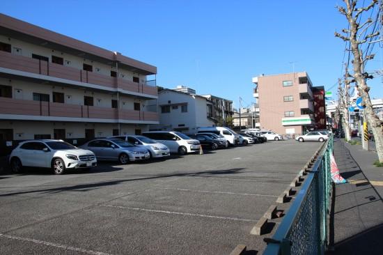 「横浜市中区新山下1丁目9番」駐車場は大通りに面していてアクセスも良好