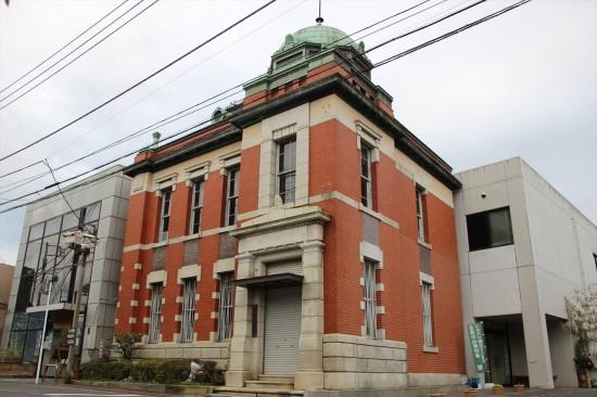 1914年(大正3年)に建てられた佐原三菱館。三菱銀行佐原支店として長く使われた建物