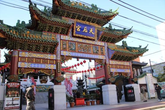 中華街には10基の牌楼(門)がある。これは海の安全を守る媽祖を祀った「横濱媽祖廟(よこはままそびょう)