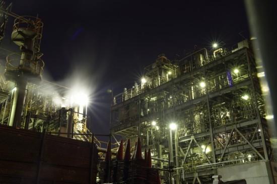 川崎の工場夜景は独特の雰囲気を楽しめる
