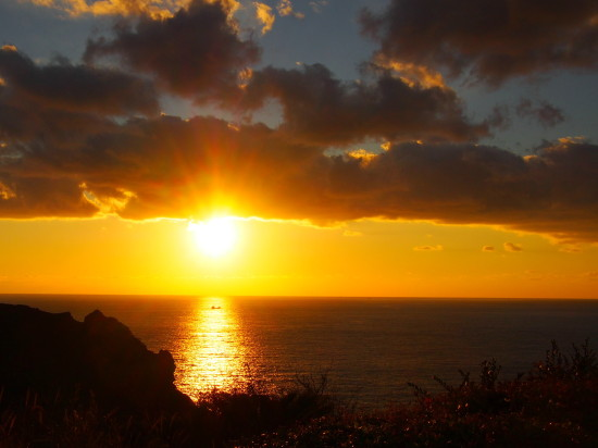 あいあい岬では、雲が夕陽に染まりドラマティックな夕景を見ることができました