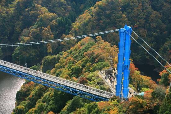 渓谷美の美しい竜神大吊橋