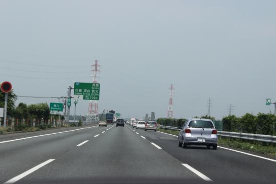 走りに余裕があって高速道路も快適です
