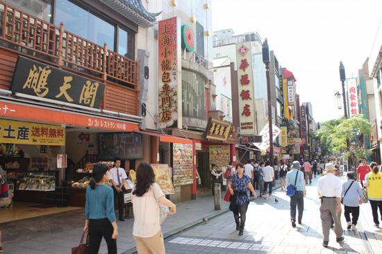 中華街は占いのお店やかわいい雑貨店が多くてのぞいて歩くだけでも楽しい