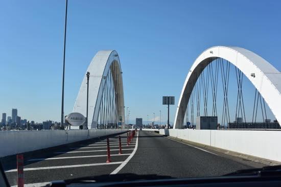 取材した日は首都高から富士山が見えました