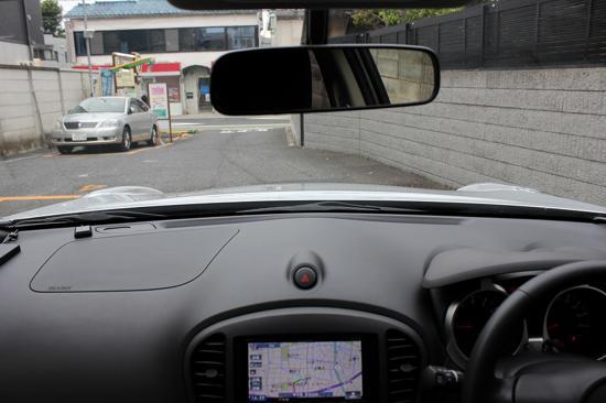 運転席からボディの両端が見えるから運転しやすい!