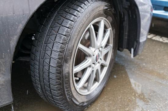まだ冷え込む時期は冬用タイヤがあると安心