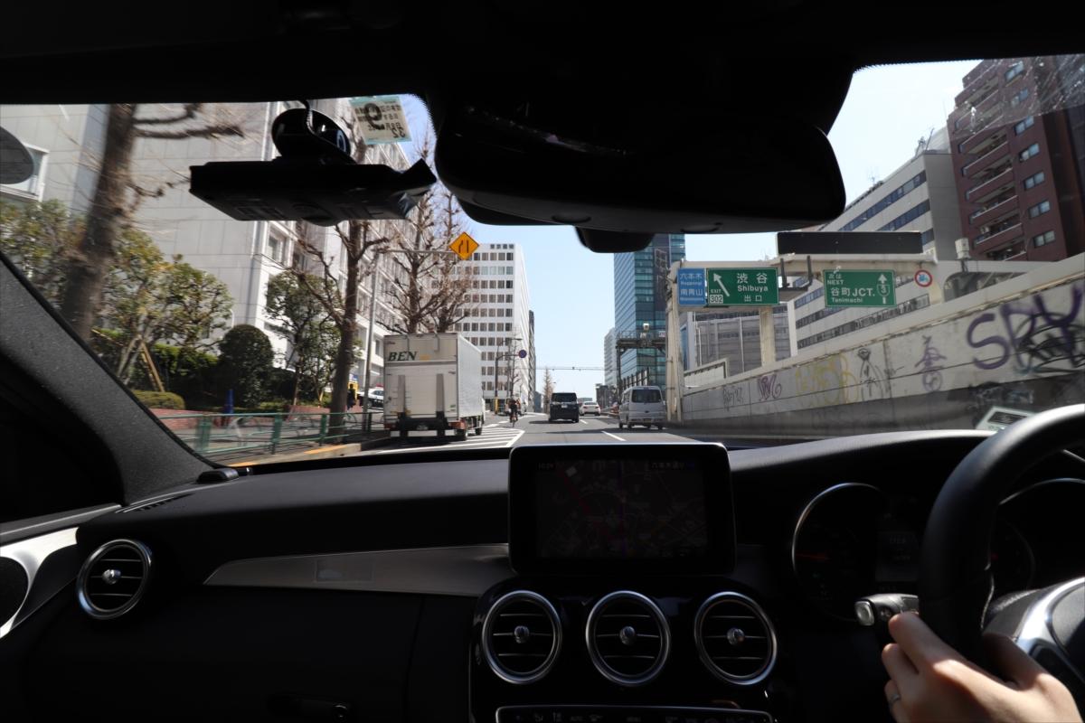 次々と景色が移り変わっていくのが都心ドライブの楽しいところ