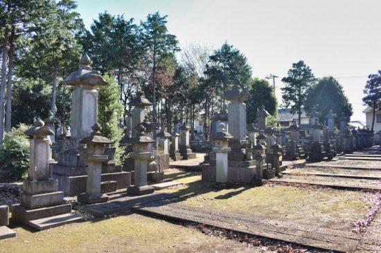 「彦根藩主井伊家墓所」は圧巻の眺め