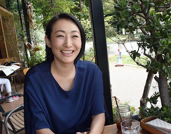 カレコ会員の小川里美さん。ソプラノ歌手として活躍されている。