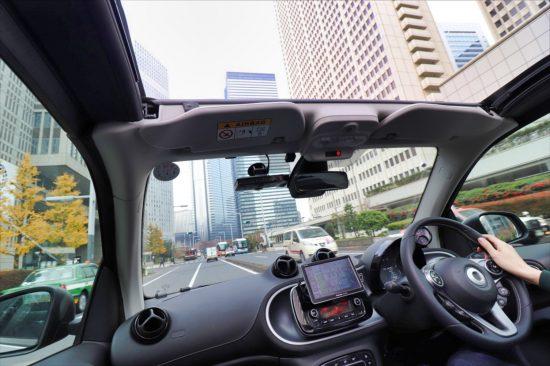 視界のよさも「スマート ブラバス カブリオ Xc」の魅力。狭い道や車線変更時の安全確認もしやすかった