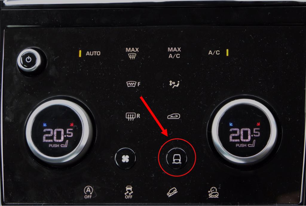エアコン操作パネルにあるスイッチを押すと、右上の温度調整ダイヤルがドライブモードの切り替えダイヤルに変わる仕組み