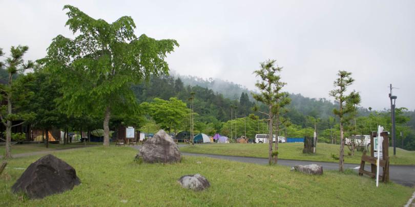 カレコ×キャンプ】この夏休みはキャンプを楽しもう!