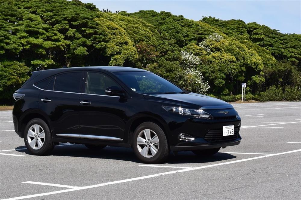駐車するときはサービスエリアやコインパーキング、公園の駐車場など安全な場所に
