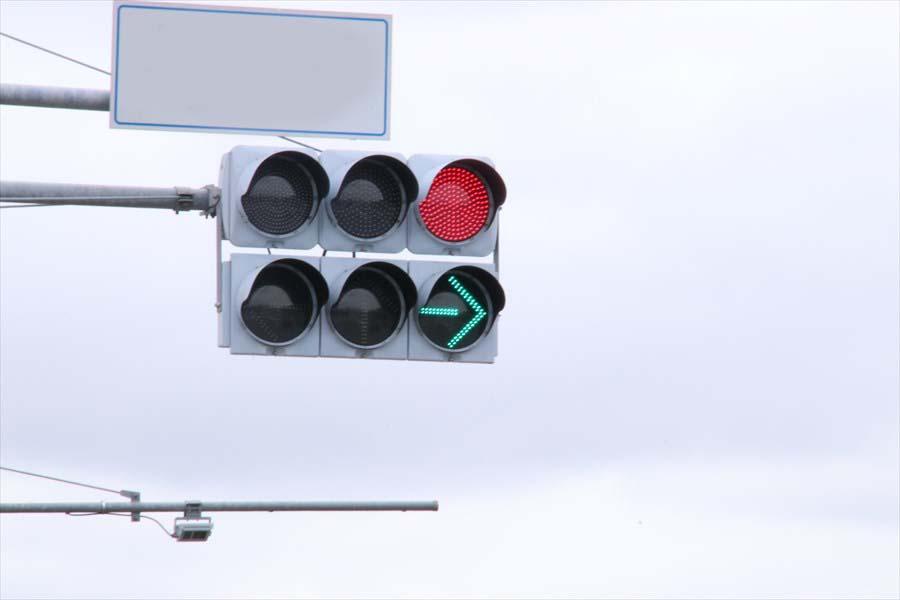 右折信号でのUターンは違反になる ○か×か?