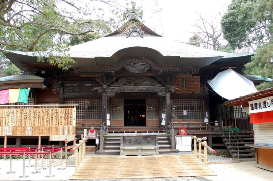 慈恵大師(元三大師)像を安置している元三大師堂。ここで毎日護摩祈願(ごまきがん)が行われている