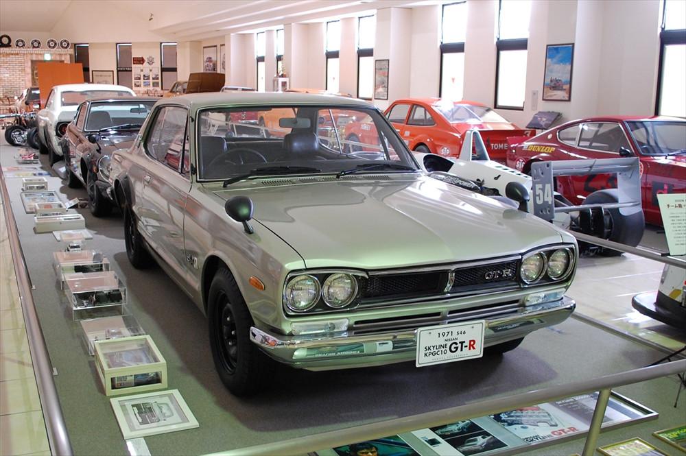 写真は絶大な人気を誇る「ハコスカ」こと日産「スカイラインGT-R」。1971年製