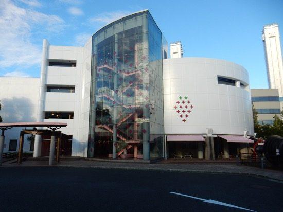横浜火力発電所内に誕生した「TOKYO STRAWBERRY PARK」