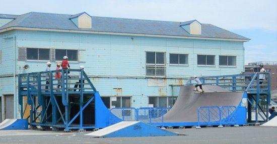 スピード&発射台。3メートル近くある発射台は大迫力!