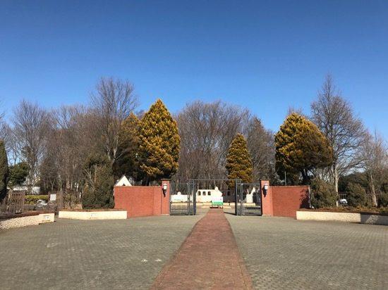 グリムの森の入口「グリムの広場」