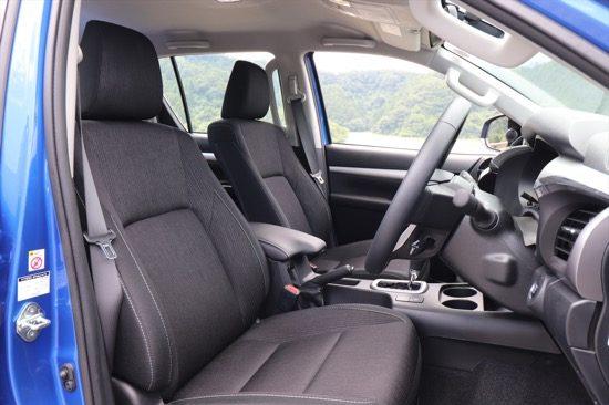 シートの掛け心地もよく、長時間のドライブも快適