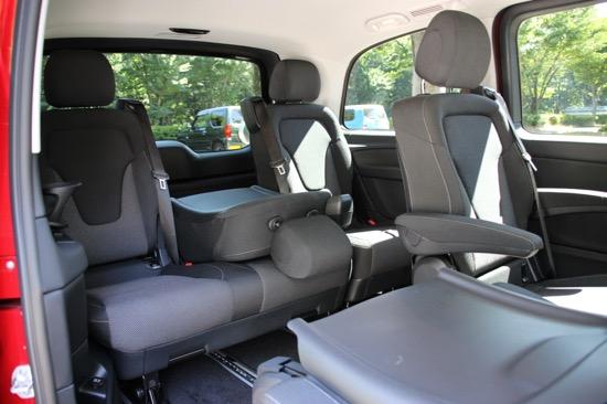 セカンド/サードシートはそれぞれ独立してアレンジができる