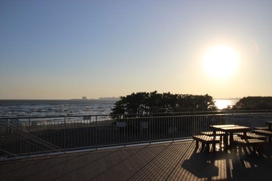 海を見ながらのんびりできる、ふなばし三番瀬海浜公園