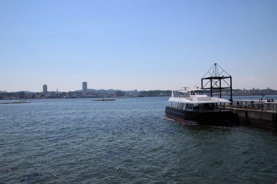 帰りの船も1時間ごとに出航。島散策はだいたい1~2時間ぐらいでできる