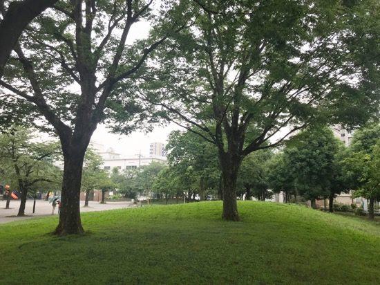 緑豊かな「日暮里南公園」