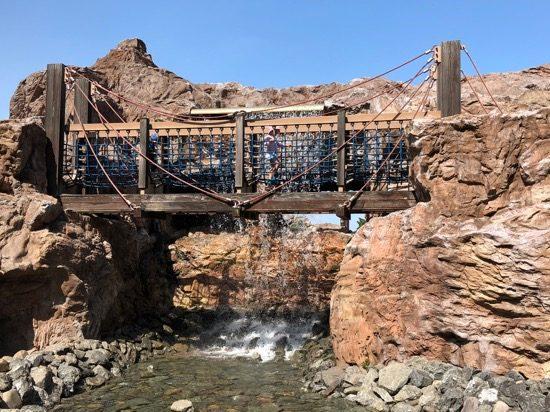 前半のドキドキ橋はとっても涼しげ