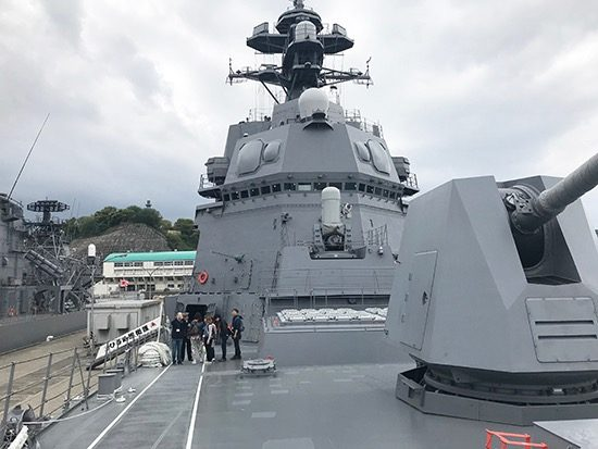 お友だちと一緒に横須賀に護衛艦を見学に行ったことも
